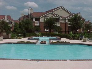 Canterbury Courts Apartment Pool