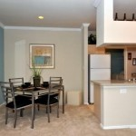 AMLI at Breckinridge Point Apartment Dining Area