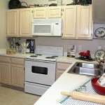 AMLI at Breckinridge Point Apartment Kitchen