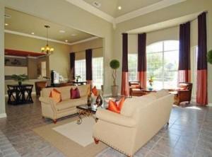 AMLI at Breckinridge Point Apartment Living Area