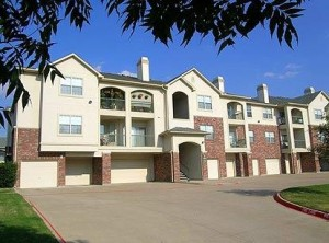 AMLI at Breckinridge Point Apartment Main View