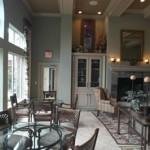 Camden Buckingham Apartment Dining Area